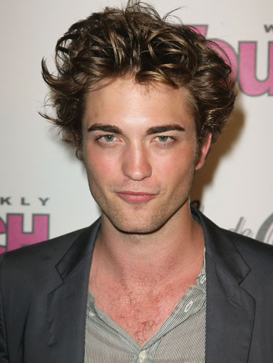 http://myhatertots.files.wordpress.com/2009/07/robert-pattinson.jpg